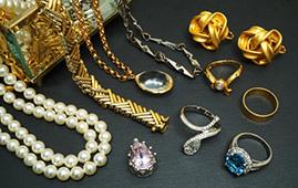 貴重品 貴金属、ブランド品、骨董品など